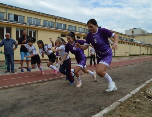 """Спортен празник в гр.Благоевград  под наслов """"Спортът достъпен за всички деца""""."""